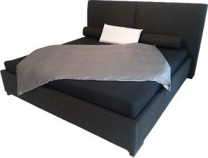 bettgestelle runden ein wasserbett ab und bieten optischen mehrwert. Black Bedroom Furniture Sets. Home Design Ideas